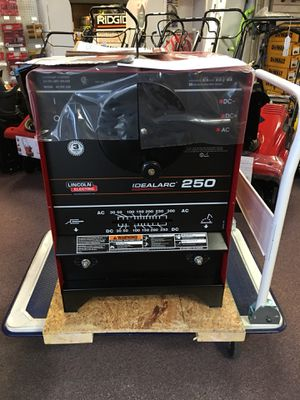 New Lincoln Electric 300amp AC, 250amp DC Stick Welder. K1053-8 for Sale in Newton, MA
