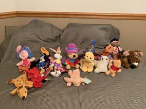 Stuffed animal assortment for Sale in Bloomington, IL