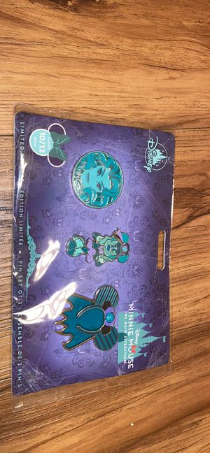 Minnie Mouse pin set for Sale in Long Beach, CA