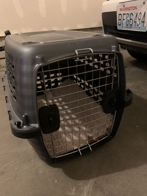 """23""""x14""""x20"""" dog/animal crate for Sale in Issaquah, WA"""