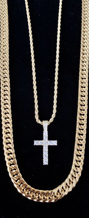 EXCLUSIVE CROSS 18K GOLD FULL DIAMONDS CZ NEW CHAIN MADE IN ITALY! for Sale in Miami Beach, FL