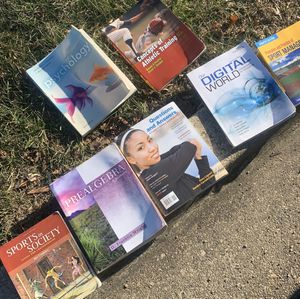 College courses book selling all together for 25.00 for Sale in Temple Hills, MD