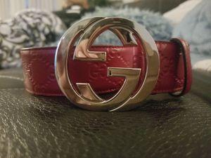 Authentic Mens Gucci Belt for Sale in Mill Creek, WA