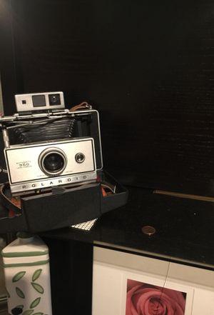 POLAROID Automatic 350 Land Camera for Sale in Albuquerque, NM