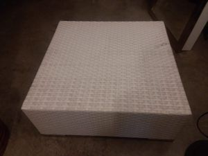 White ottoman/table for outdoor or indoor use for Sale in Nashville, TN