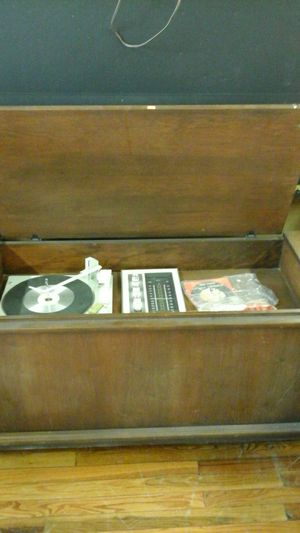Various vintage stereo systems ( great deal) 3 available as is! for Sale in Bessemer City, NC