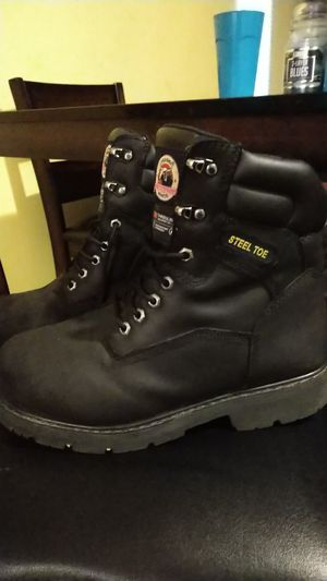 Size 9.5 Brahma Men's Steel Toe work boots for Sale in Whitehall, OH