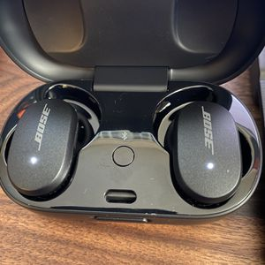 Bose QuietComfort Wireless Earbuds (New) for Sale in Los Angeles, CA