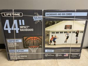 Lifetime 44inch basketball hoop for Sale in Streamwood, IL