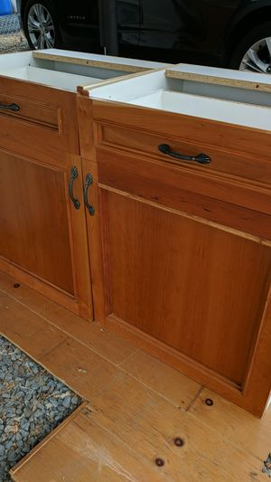 Kitchen cabinets for Sale in Spring Valley, CA