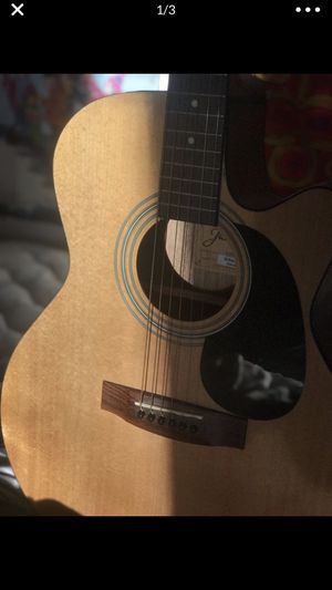 Jasmine Acoustic Guitar, Excellent Condition for Sale in North Haven, CT