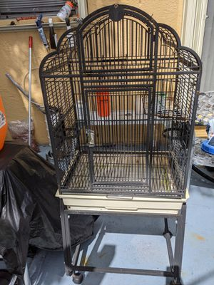 Medium size bird cage for Sale in Pembroke Park, FL