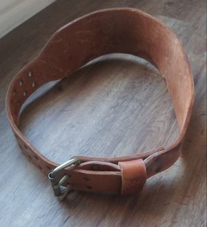 VINTAGE LEATHER ALTUS WEIGHT LIFTING BELT for Sale in DeSoto, TX