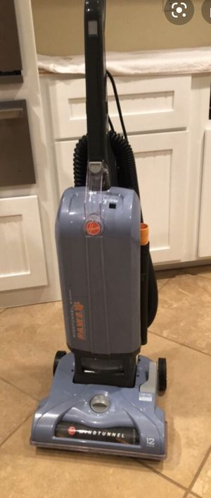 WINDTUNNEL T-SERIES PET BAGGED UPRIGHT VACUUM for Sale in Savannah, GA