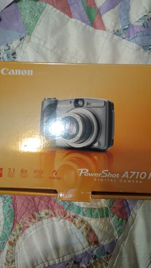 This is a canon digital camera for Sale in Sachse, TX