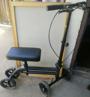 KneeRover economy knee scooter / Walker (medical leg crutch) for Sale in Phoenix, AZ