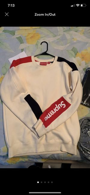 Supreme sideline crewneck for Sale in Los Angeles, CA