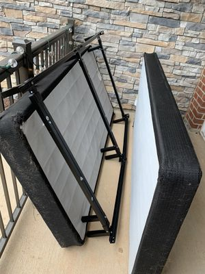Adjustable bed frame and split box spring for Sale in Raleigh, NC
