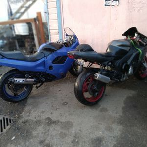R1/1000 AND A ÝGSX/750 Yamaha for Sale in Aberdeen, WA