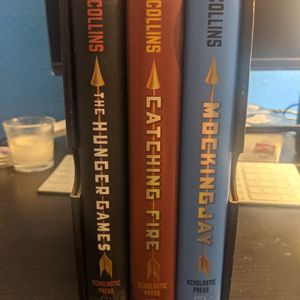 Hunger Games Trilogy Hardcover Books (NEW) for Sale in Clovis, CA
