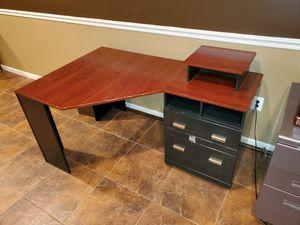 Corner desk for Sale in Clinton, MD