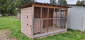 Dog run house for Sale in Wood Village, OR