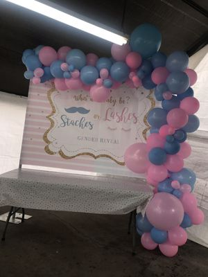 Gender reveal balloon decor for Sale in South El Monte, CA
