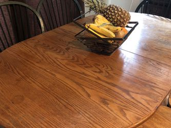 Table And 6 Chairs With Leaf. for Sale in Bothell,  WA