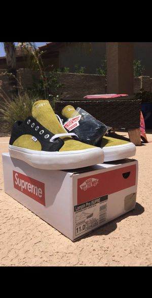 DS Supreme X Vans Crocodile Corduroy Lampin Yellow and Black Size 11 for Sale in Scottsdale, AZ