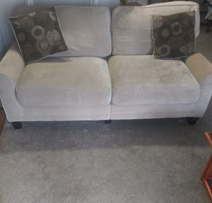 Couch for Sale in Raleigh, NC
