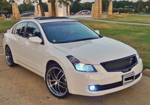 White 08 Nissan Altima!Automatic Clean! for Sale in Buffalo, NY