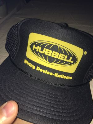 New hubbell wiring device-Kellems hat cap new trucker for Sale in Rochester Hills, MI