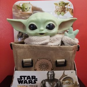 NEW! StarWars The Child Plush Bundle With Carrier for Sale in Saint Paul, MN