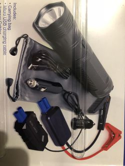 Rechargeable emergency jumpstart kit for Sale in Rochester,  WA