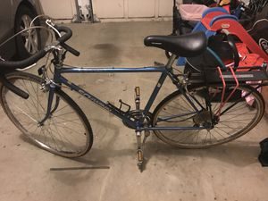 Schwinn 12 speed road bike men's for Sale in Cumming, GA