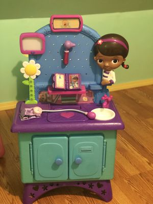Doc McStuffins Get Better Checkup Center Playset for Sale in Fairfield, CT