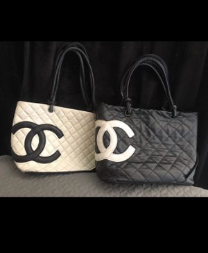 Black and White quilted Chanel Bags *UA for Sale in Las Vegas, NV