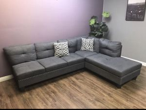 Gray Sectional Couch for Sale in Burbank, CA