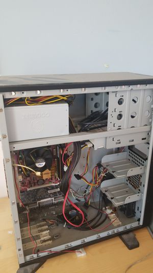 Desktop computer (for parts) for Sale in Carlsbad, CA