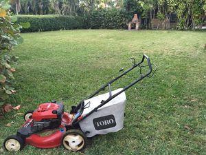 Lawn Mower Toro for Sale in Miami, FL