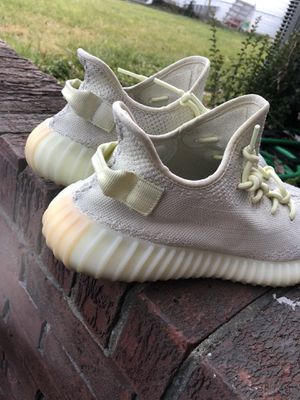 Yezzy Butters SIZE 12 for Sale in Hyattsville, MD