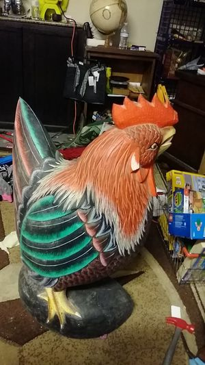 34 inch tall huge solid wood rooster carving for Sale in Spring, TX