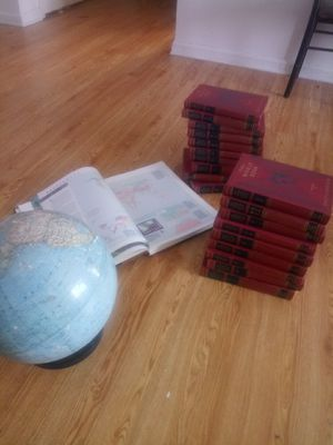 World globe, world atlas, the world book encyclopedia volume 14 for Sale in Indianapolis, IN