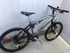 MTB Full Suspension Manitou Shimano Ritchey XT Light Hydraulic disc for Sale in Irvine, CA