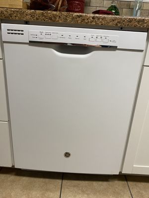GE Dishwasher for Sale in Friendswood, TX