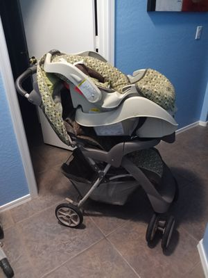 Graco stroller, car seat and high chair for Sale in Tolleson, AZ