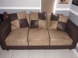Couch for Sale in Plantation, FL