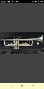 Bach tr200 trumpet for Sale in Garland, TX