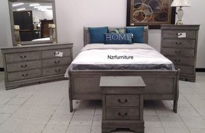 5-PC Grey Queen Sleigh Bedroom Set for Sale in Houston, TX