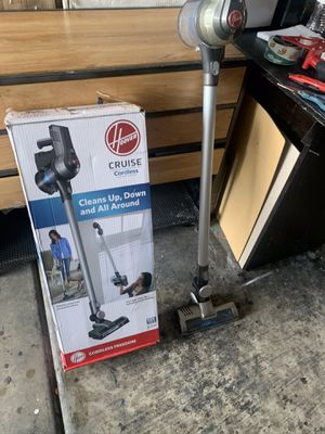 Hoover cordless stick vacuum used excellent condition all accessories included in original packaging for Sale in Las Vegas, NV